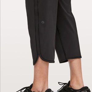 LULULEMON Keep It Classic Crop Drawstring Pants